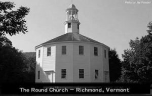 old-round_church-black-white